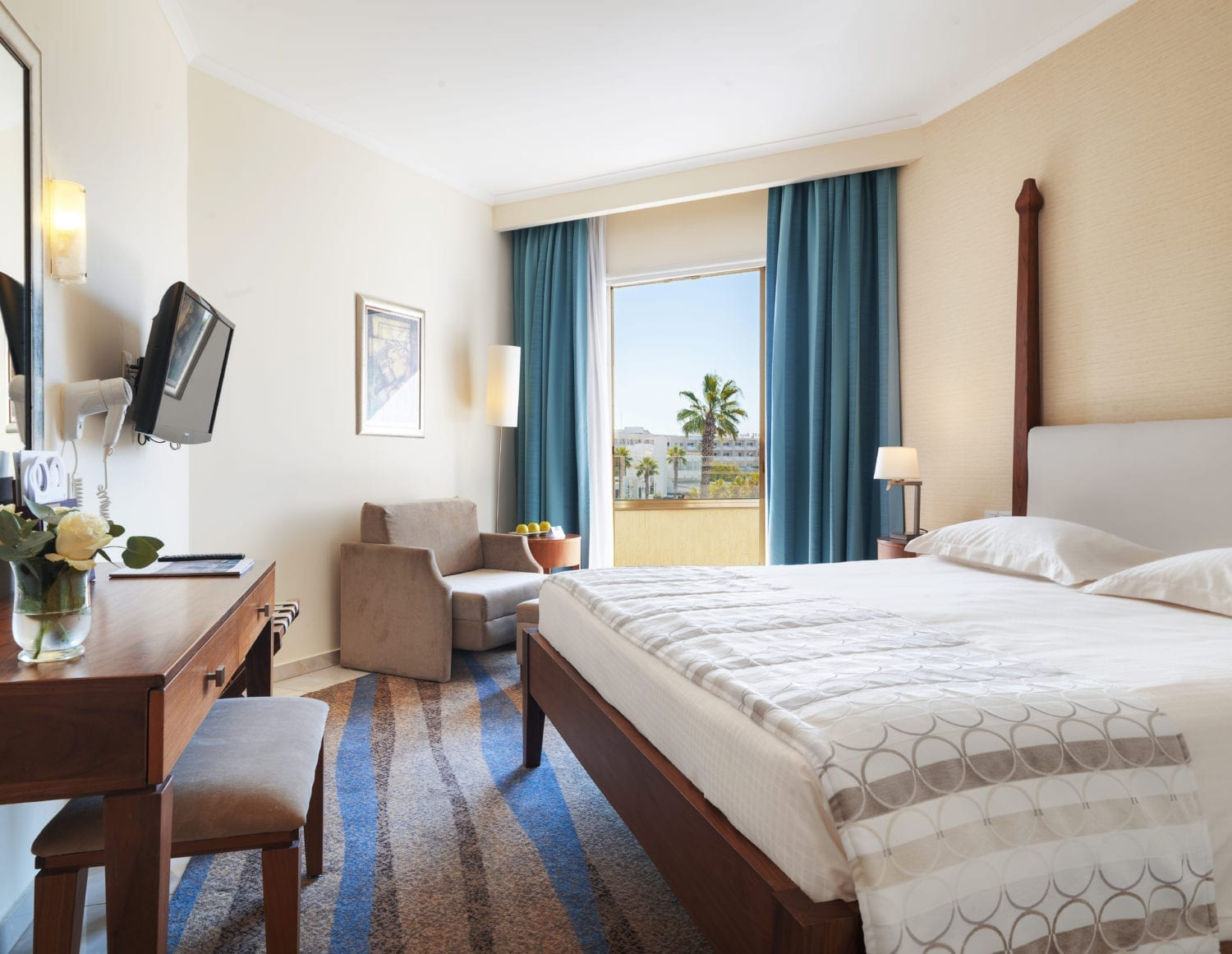 Deluxe, Side Sea View, Room